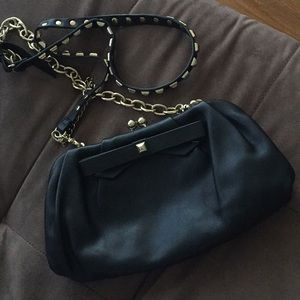 Guess Premium Hangtag Collection